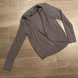 Grey patterned thick cardigan
